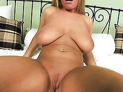Jessica Moore with juicy jugs and smooth beaver shows nice solo tricks with her new sex toy