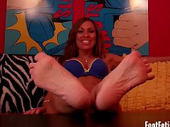 Foot Fetish Fun brings you a hell of a free porn video where you can see how these gorgeous dommes make you worship their feet while assuming very interesting poses.