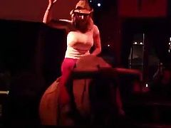 Vicky Vette rides the Bull like a Pro