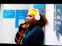 Serena Williams pregame twerk (((RARE FOOTAGE)))