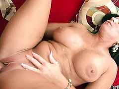Kendra Secrets loves to blow and cant say No to hot dude