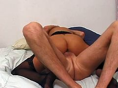 Hot busty blonde babe loves sweet cock in this magical cock action in this tube video.