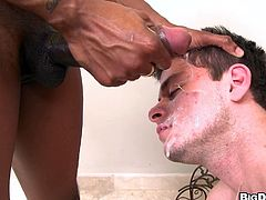 AJ Monroe gives a blowjob and a handjob to Izzy in gay interracial video. The White guy also gets ass fucked doggystyle. AJ also gets all his face covered with sperm.