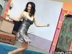 Attractive dark haired bitch with nice ass and sex body makes a sex motions to attract her boyfriend. Have a look at this slut in The Indian Porn sex clip.