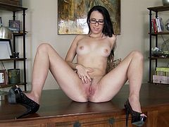 A gorgeous brunette slut spreads her legs and fingers her nice pink piss flaps in this amazing solo scene right here!