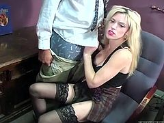 Kinky voyeur enjoys watching horny blonde chick who gives deepthroat blowjob to her boss. Don't skip exciting sex tube video featuring busty blond secretary.