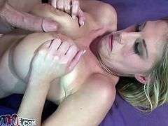Nasty blonde babe with huge boobs rides big cock face to face and reverse. Her massive boobs bounce like crazy. Just enjoy watching hot cowgirl sex tube video for free.