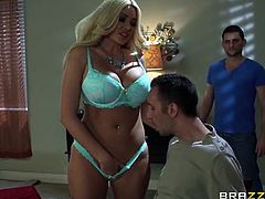 Brazzers Network brings you a hell of a free porn video where you can see how the busty blonde milf Summer Brielle rides Keiran Lee's cock into a huge orgasm.
