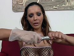 Sensual mommy Francesca Le and her strapon