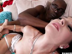 Well-endowed kitty is ready to spend hours with dudes schlong in her mouth