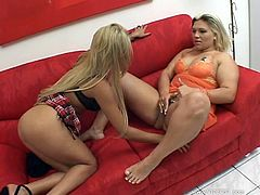 Daily Lesbian Clips