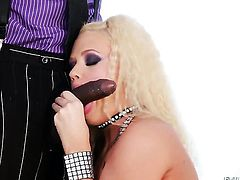 Roxy Raye getting face banged by Sean Michaels before she gets fucked in her deadeye