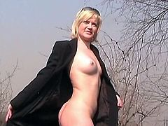 It's amazing to see horny babe posing her nude forms in naughty public outdoor solo adventure