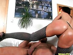 Brunette Neeo with phat butt and trimmed bush spends her sexual energy alone using toy