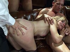Are you ready for an amazing rough sex session? The blonde milf in the video has to deal with five big cocks and she successfully succeeds to please them all. Watch incredible scenes of fierce blowjob or double penetration. See the slut´s booty bouncing as she´s riding cock or fucked hard from behind.