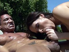 Horny dark haired bombshell with nice boobs gets her dripping clit hammered hard outdoors. Have a look at this chick in Fame Digital sex clip.