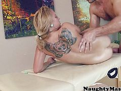 Cameron Canada gets sweaty with masseur