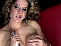 Ana Monte-Real looks adorable while gently moaning and having the fingers sliding deep into her wet cherry