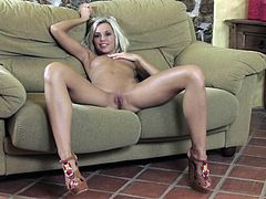 Great solo scene with the sensual blonde Lola Myluv
