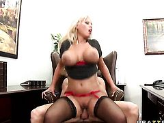 Bridgette B with big tits gets her muff pie stuffed full of cock in sex action with Johnny Sins