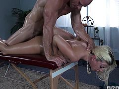Filthy masseur is fucking a smoking hot blond babe