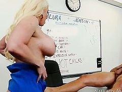 Oriental Alura Jenson with phat ass enjoys another hardcore session with Danny Mountain