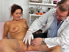 Full exam for horny Amelie who loves having her twat enlarged by doc's naughty instruments