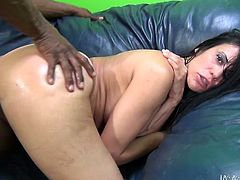 Shelia Marie has everything to seduce mandingos. Sheila stuns her black lover with her monster booty and her big boobs. Thick beauty rides BBC like cowgirl and gets hammered doggystyle.