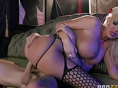 Big-breasted blonde Summer Brielle gives a blowjob to Johnny Sins and lets him drive his boner in her snatch. They fuck in the missionary position and Johnny cums on the slut's face in the end.