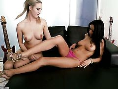 Blonde Sophia Knight gets tongue fucked by Breanne Benson the way she loves it