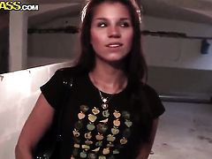 Brunette Angel Rivas takes dudes cum loaded meat pole in her hot mouth