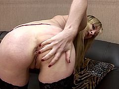 Milf's juicy holes can't wait to get stretched by these large toys in superb solo masturbation cam show