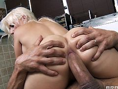 Slutty blonde Sammie Spades is having a great time with Marco Banderas in the kitchen. She gives a hot blowjob to the man and lets him fuck her bumhole in the missionary and other positions.