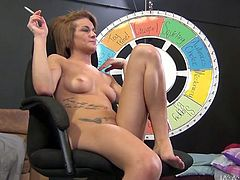 This chick wants her lover's tongue in her pussy so she spreads her legs wide to let her kinky lover get a taste of her tasty cherry. This dude turns out to be an experienced cunt licker.