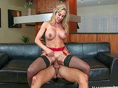 Lingerie-clad blonde milf Brandi Love with incredibly sexy body shows off her delicious assets as she gets her snatch licked and fucked by lucky dude. Horny woman with big tits and nice ass does it with passion.