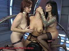 Ts Foxxy, Francesca Le and Bella Rossi in an all out fuck fest with the sybian, plenty of ass and pussy licking and fucking,domination and a nice little cum swapping finish!