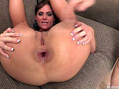 Check out this hardcore scene where the slutty Phoenix Marie being nailed by two large cocks in a threesome until this cock thirsty milf ends up with a mouthful of semen.