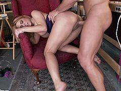 Slutty blonde MILF has mutual oral sex with muscle dude before getting her cooch screwed doggystyle. Then she rides large dick on top and gets a load of cum on her face.