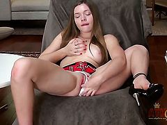 Brunette Aurielee Summers takes her fingers so fucking deep in her love tunnel