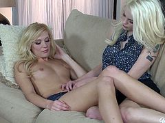 Sizzling blond lesbos Bree Daniels and Hayden Hawkens are gonna eat pussies