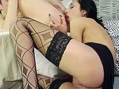 Watch this slutty brunette being splattered by warm semen after being fucked by a guy with a thick cock in this hardcore scene.