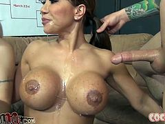 Steamy mouth fuck session with busty Ava Devine and nasty Natasha Starr