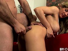This sex-starved blondie in high heels needs a good pussy workout and this dude is here to fuck her tight pussy. He bends her over and fucks her ruthlessly in and out until she reaches sweet orgasms.
