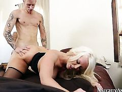 Cody Sky explores the depth of smoking hot Alura Jensons wet pussy with his meat stick