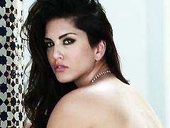 Sultry doll Sunny Leone strips down to her bare skin