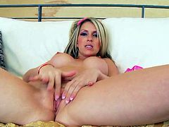 Dreamy blondie Courtney Cummz has sex with Marco Banderas