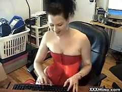 Mina is a brunette slut and she got a smoking fetish that she is about to satisfy on the camera. Watch as she starts puffing a cigarette then rubbing her snatch.