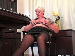 Isabel, Sandie and Maria are three grannies who masturbate after arriving home from shopping. That activity seems to make them horny and ready to rub their old cunts.