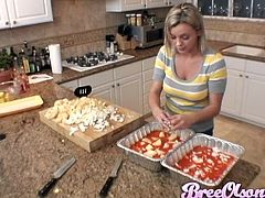 Take a look at this hot scene where the sexy Bree Olson cooks as you check out her sexy outfit thinking about her naked body.