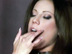 Anita Pearl fucks herself with vibrator